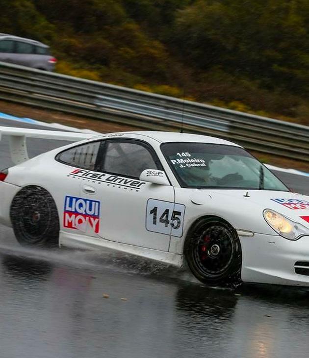 Pedro Moleiro rain soaked race Porsche Cup